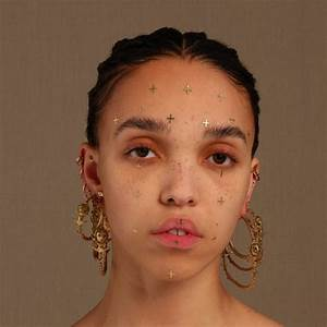 """FKA Twigs returns, shares video for new song """"Cellophane ..."""