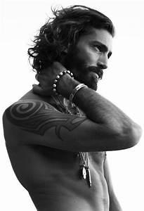 Cheveux Long Homme Conseil : tresses homme cheveux long ~ Medecine-chirurgie-esthetiques.com Avis de Voitures