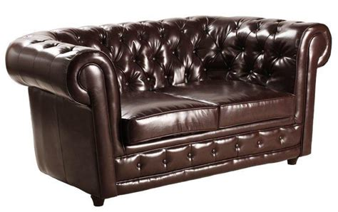 canapé capitonné chesterfield canape chesterfield deluxe 2 places cuir marron capitonne