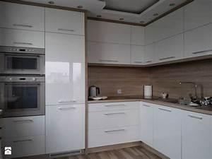 les 66 meilleures images du tableau id cuisine sur With kitchen cabinets lowes with saint maclou papier peint
