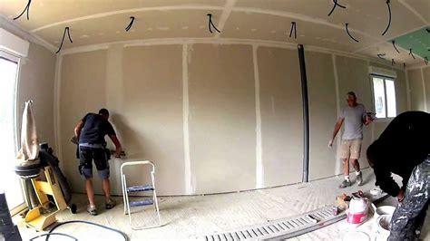 comment fixer une cr馘ence de cuisine comment fixer un meuble haut de cuisine dans du placo excellent fixer meuble haut