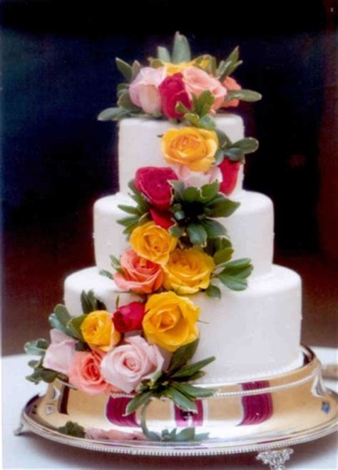 Cakes Decorated With Fresh Flowers by Best Of Cake Cakes Designs Ideas And Pictures