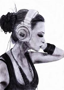 Girl with headphones by TotalEmptiness on DeviantArt
