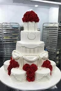 White wedding cake red roses | Wedding Ideas | Pinterest ...