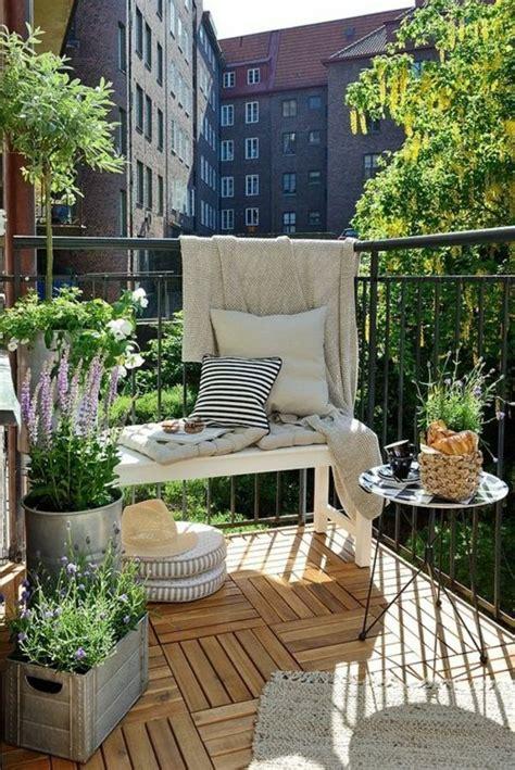 Kleinen Balkon Bepflanzen by Balkone Gestalten Bilder