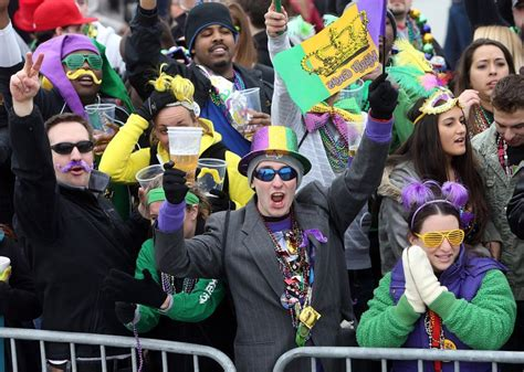 Forecasters May Rain (or Snow) On Mardi Gras Parade In St