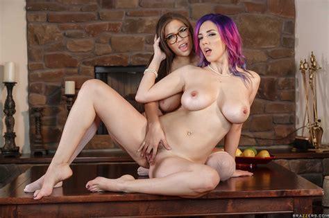 Horny Lesbians Are Using A Strap On Photos Jelena Jensen