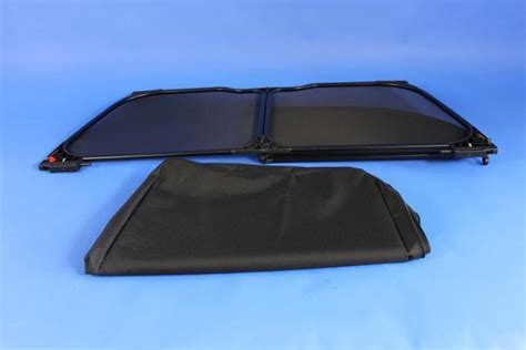 2009 Chrysler Sebring Black Mesh Foldable Windscreen, For