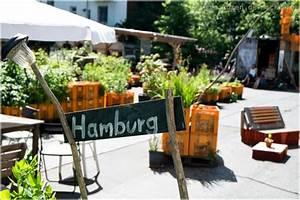 Urban Gardening Hamburg : die vielfalt der gro en freiheit das gartendeck real urban gardening mitten auf dem kiez ~ Frokenaadalensverden.com Haus und Dekorationen