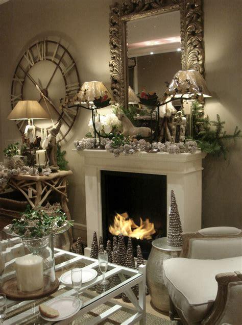 stylish ways  decorate  mantel  christmas