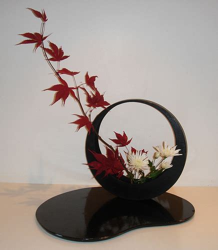 Japanese Flower Vase Ikebana by Ikebana