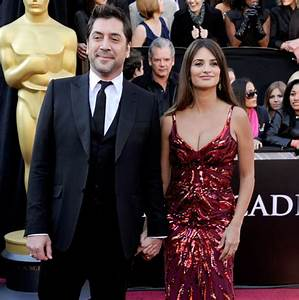 Penelope Cruz pregnant: The star and husband Javier Bardem ...