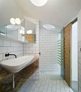 la salle de bains blanche design en 75 idees With salle de bain design avec oiseaux décoratifs en métal