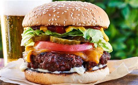 chefs share  favorite burger recipes  summer