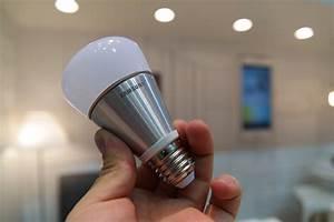 Smart Led Lampe : marktstart der smart led lampe gb9000 verschiebt sich auf 2015 all about samsung ~ Watch28wear.com Haus und Dekorationen
