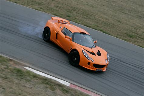 how do cars engines work 2008 lotus exige parking system lotus exige s pp at performance car of the year 2008 classic motor