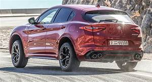 Suv Alfa Stelvio : move over porsche macan the alfa stelvio qv wants the sportiest suv crown ~ Medecine-chirurgie-esthetiques.com Avis de Voitures