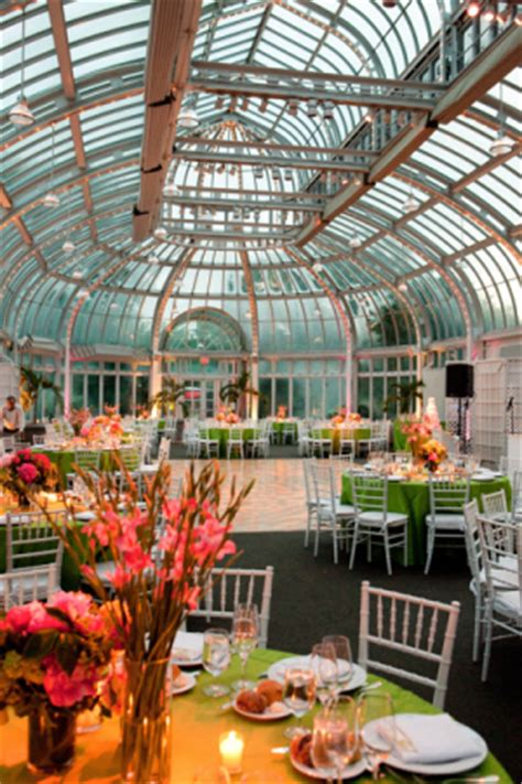 botanic garden wedding from hill photography