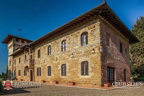 In Vendita San Gimignano by In Vendita A San Gimignano Siena Toscana