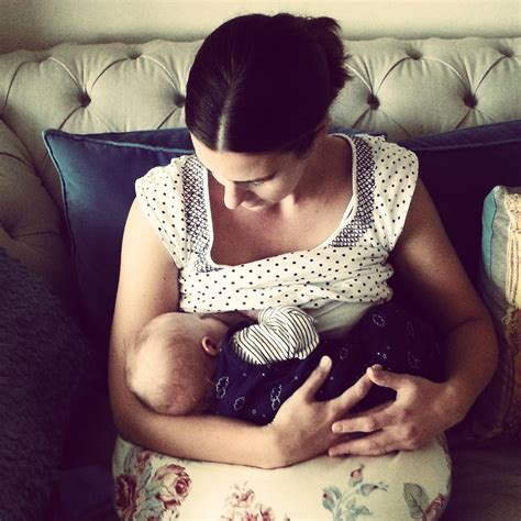 5 Tips For Pain Free Breastfeeding Confessions Of A