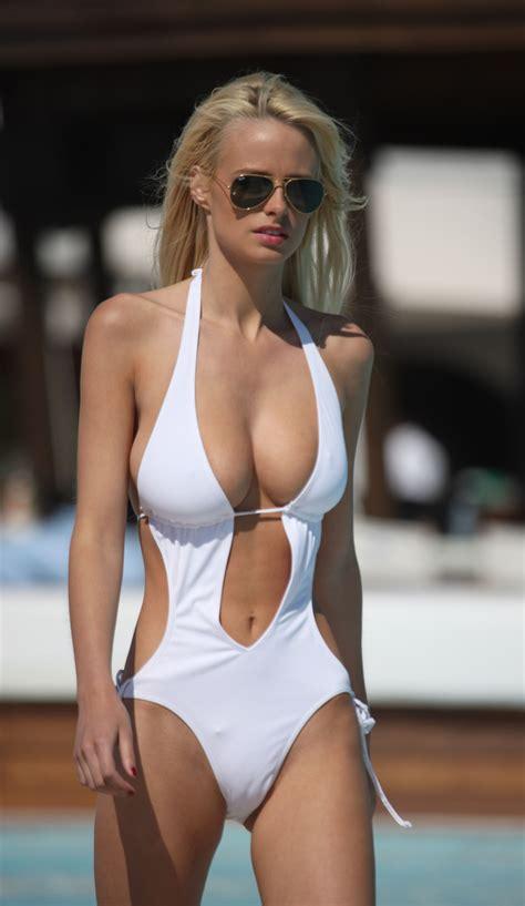 dumpert.nl - One-piece swimsuit