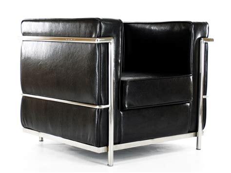 canap lc2 le corbusier lc2 chair lecorbusier black shiny