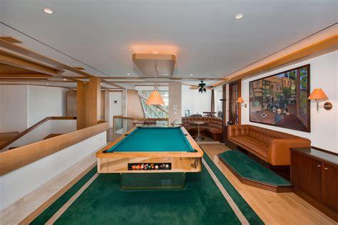 salle de billard exotisme et luxe pour cette propri 233 t 233 de prestige situ 233 e sur une 238 le en floride vivons maison