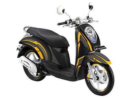 modifikasi striping honda scoopy black carbon motoblast