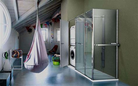 il box doccia  lavatrice incorporata