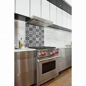 Cuisine Carreau De Ciment : fond de hotte carreaux de ciment noir et blanc credence ~ Melissatoandfro.com Idées de Décoration