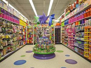 Party City Shopping In The Bronx Bronx