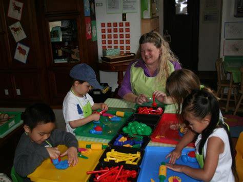 local preschool academy wins praise from parents smiles 125 | 49f977a7bf085f565e34717b70fdd780