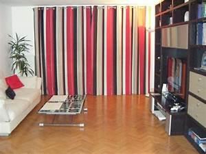 Rideau Rouge Et Noir : rideaux modernes salon donnez un c t cocon la pi ce ~ Teatrodelosmanantiales.com Idées de Décoration