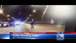 CPD dash cam video shows police shooting Laquan McDonald ...