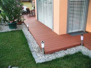 Bodenbelag Terrasse Günstig : terrassenboden aus holz terrasse holz glatt oder geriffelt bodenbelag terrasse holz f r ihr ~ Sanjose-hotels-ca.com Haus und Dekorationen