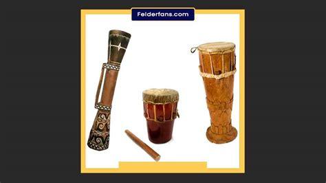 Polopalo merupakan jenis musik idiofon yang menghasilkan bunyi ketika dibenturkan. Cara Memainkan Tifa & Proses Pembuatannya - Felderfans.com