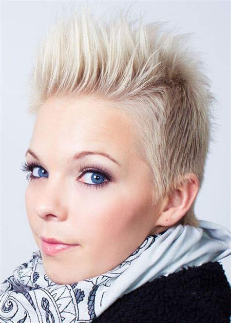 Short Hairstyles: Sharp Short Spikey Hairstyles For Thin