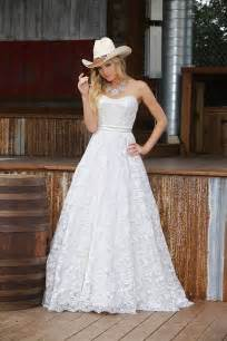 country style wedding dresses best 25 western wedding dresses ideas on