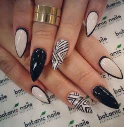 Examples of black and white nail art design