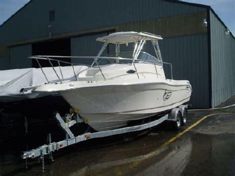Striper Boats Phone Number by 2011 Seaswirl Striper 2301 Walkaround I O Boats Yachts