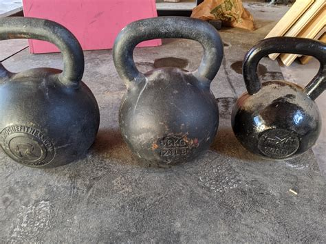 56kg kettlebell borrow gym pair let kettlebells 32kg reference right crossfit comments