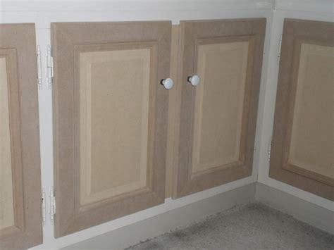 peinture placard cuisine interieur placard cuisine placard cuisine salle de bain