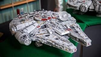 LEGO Ultimate Collectors Series Millennium Falcon (2017 ...