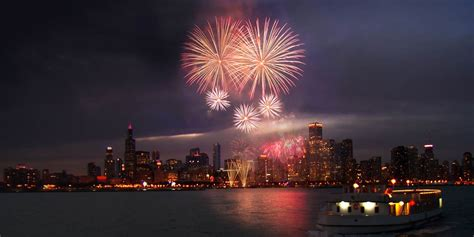 Chicago Boat Party 4th Of July by Wednesday 3d Fireworks Cruise