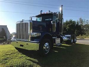 2020 Peterbilt 389 Day Cab Truck