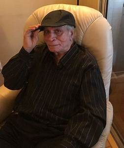 Kader Khan's son Sarfraz Khan OPENS UP on the veteran ...