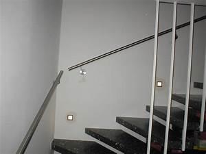 Treppengeländer Selber Bauen Stahl : treppengelnder innen holz metall inneneinrichtung und m bel ~ Lizthompson.info Haus und Dekorationen