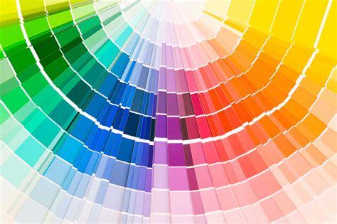 kleur  de keuken bepaalt uiteindelijk de sfeer die de