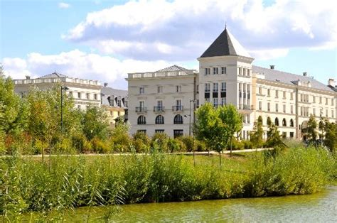 bureau de change marne la vallee hipark serris val d europe updated 2017 prices condominium reviews tripadvisor