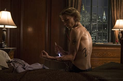 Jamie Campbell Bower Talks Shadowhunters, Jace And Runes